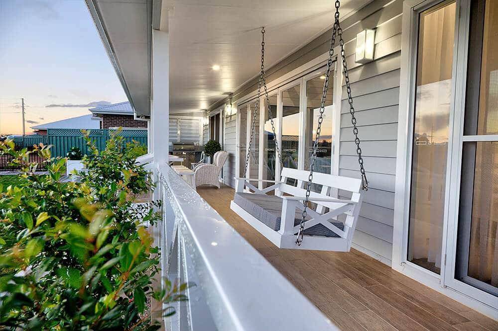 hamptons back verandah