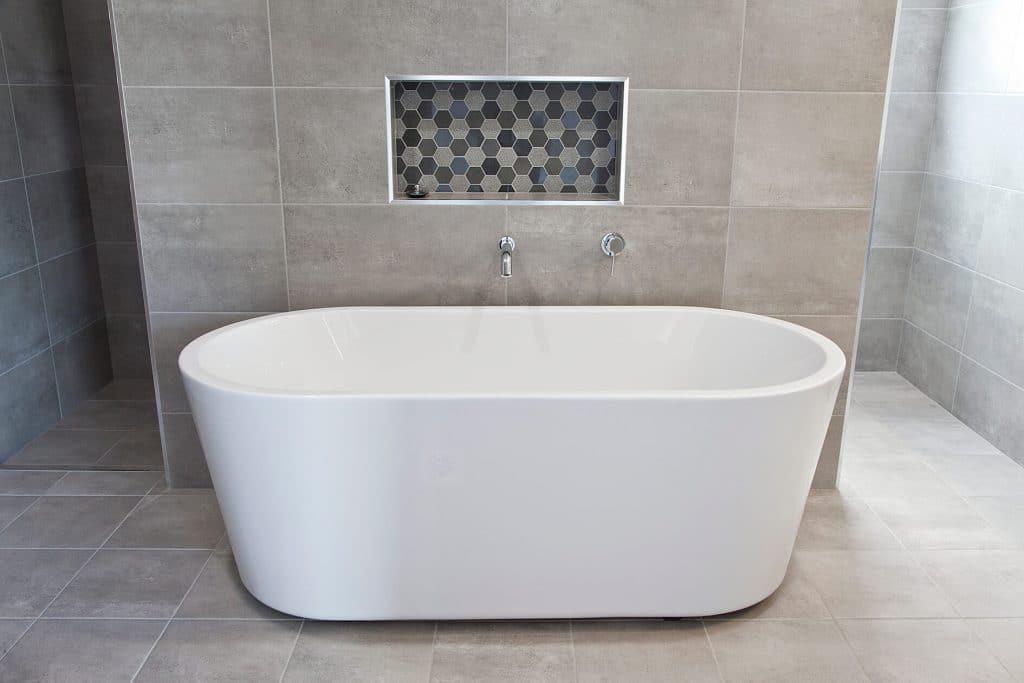 contemporary bath